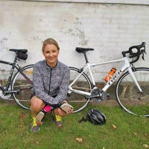 kvinder på cykel cykeltur cykelsport team charlie